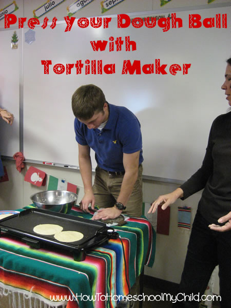 How To Make Tortillas for Cinco de Mayo - How To ...