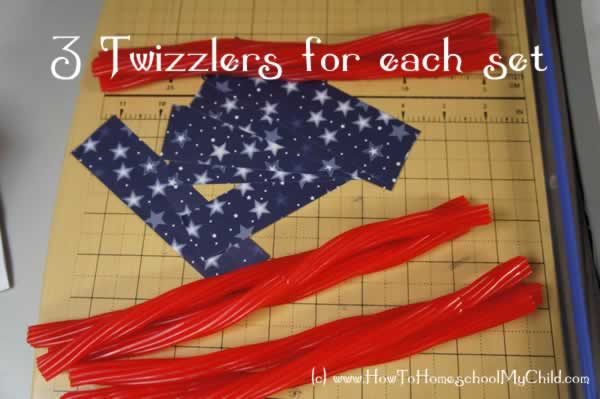 4th of July Crafts | HowToHomeschoolMyChild.com