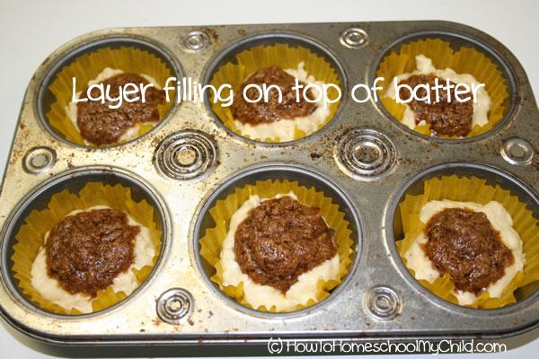 Brown Sugar Cinnamon Muffins - layer filling