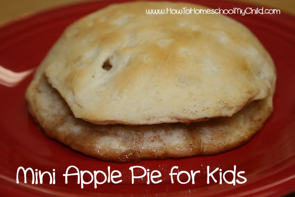 Johnny Appleseed Story & Activties - pie biscuit mini