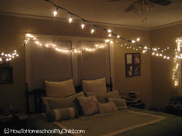 MidWeek Date Night Marriage On Mondays How To Homeschool My Child - Twinkly bedroom lights