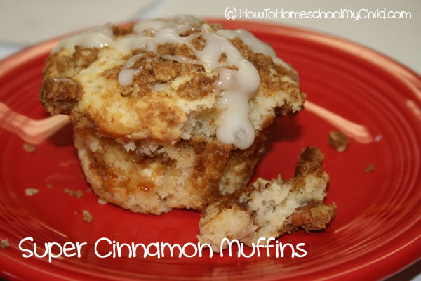 brown Sugar Cinnamon Muffins - single muffin on plate