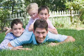 dad and kids - single parent homeschooling