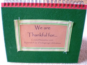 thanksgiving weekend links - 30 days of thanks - our thankful book