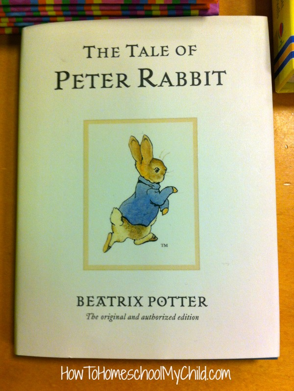 The Tale of Peter Rabbit {Classic by Beatrix Potter} Short bedtime stories for kids - recommended by HowToHomeschoolMyChild.com