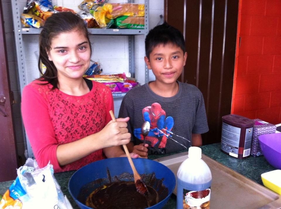 homemade brownies for our 1st business seminar in El Salvador - from HowToHomeschoolMyChild.com